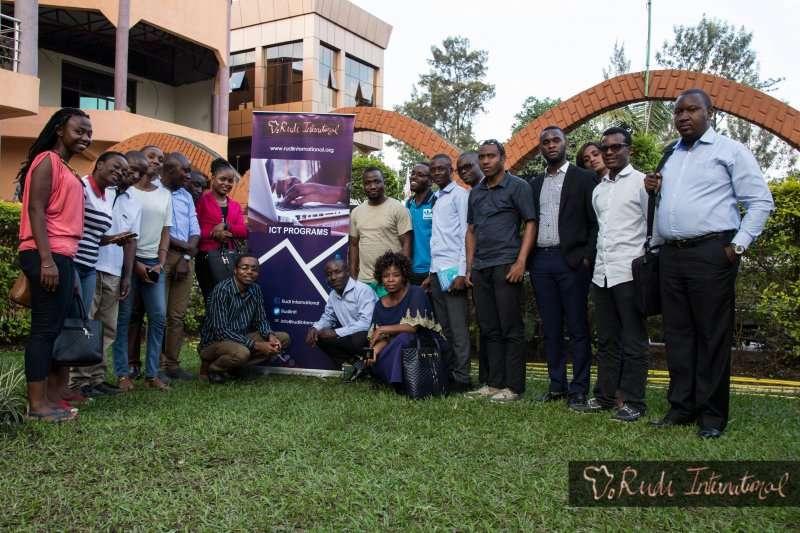 Le Parlement de la République démocratique du Congo est invité à adopter des lois qui appuient les droits des citoyens en ligne